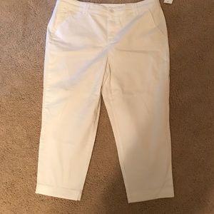 Style & Co.  white capris sz 16 NWT
